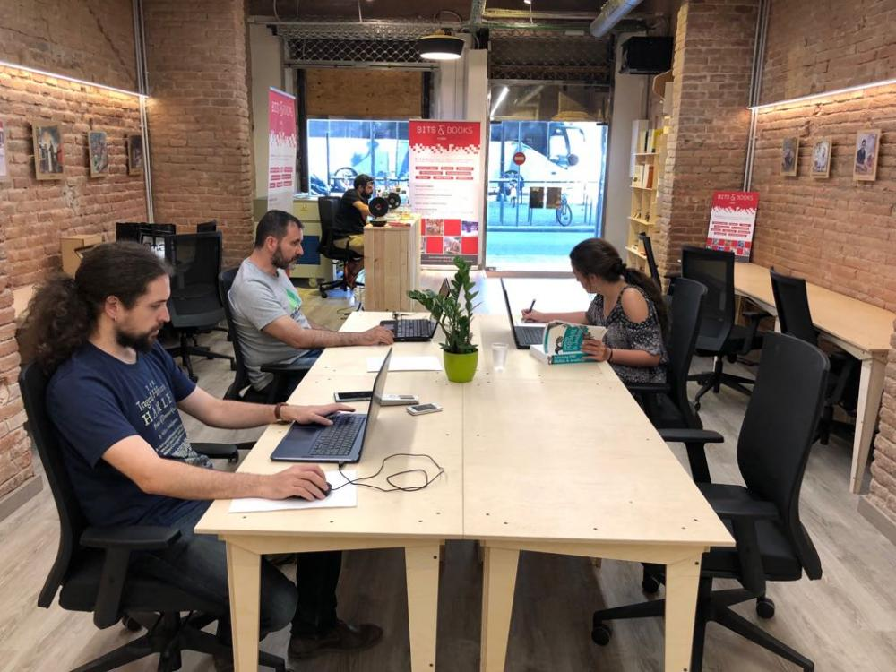 Launching offer coworking and makerspace Barcelona